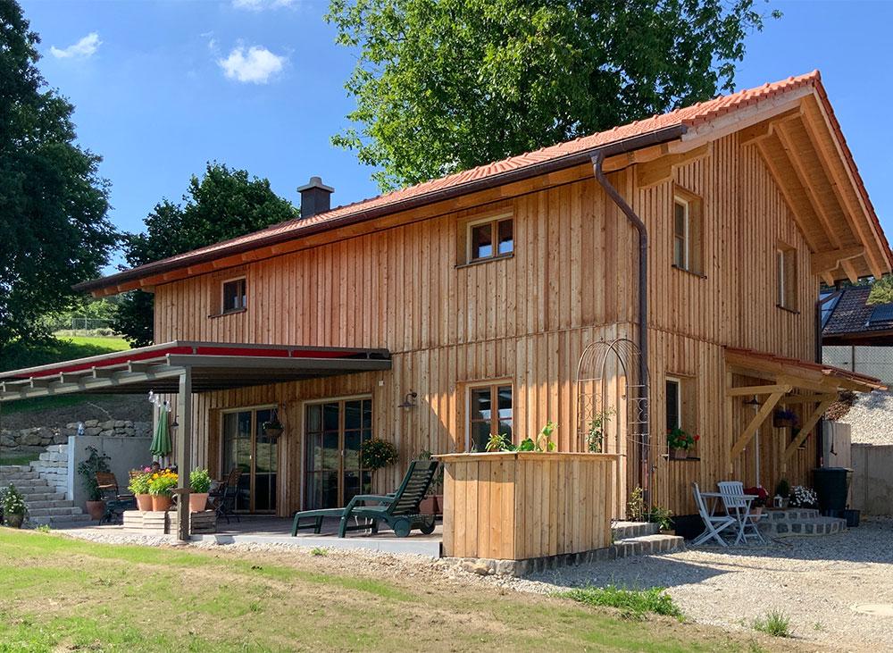 schiller-zimmerei-projekt-holzstaenderhaus-mit-holzfassade-2018-01