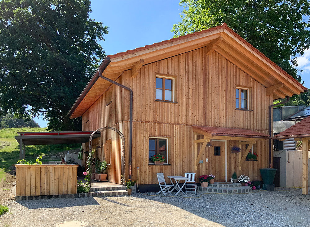 schiller-zimmerei-projekt-holzstaenderhaus-mit-holzfassade-2018-02