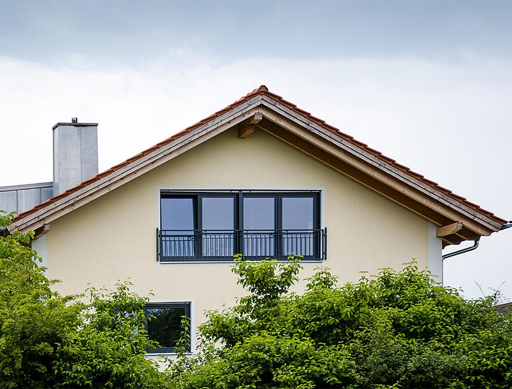 schiller-zimmerei-projekt-dachmodernisierung-und-wohnraumerweiterung-mit-einbau-eines-quergiebels-soyen-3