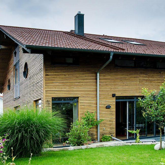 schiller-zimmerei-projekt-holzstaenderhaus-als-energieeffizienzhaus-reitmehring-2